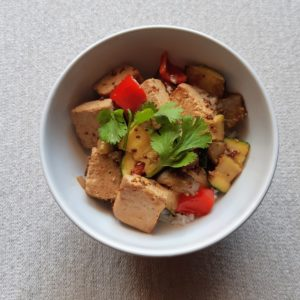 豆腐を使ったベジ丼はマスタード味